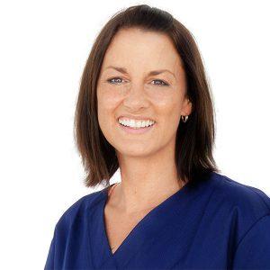 Zahnarztpraxis aurum dentalis in Wolfschlugen - Frau Hollstein